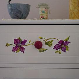 Meuble de salle de bain peinte - Pascale Richert