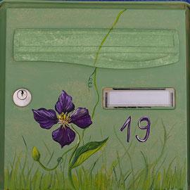 Boîte aux lettres peinte - Pascale Richert