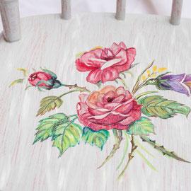 Chaise d'enfant en bois peint - Imitation bois cérusé & décor floral (détail)- Pascale Richert