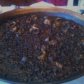 Arroz con tinta de calamar - black rice