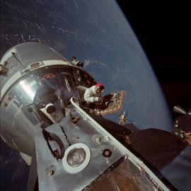 Sortie Extra Vehiculaire - Apollo 9 - Photo : Nasa/CDN