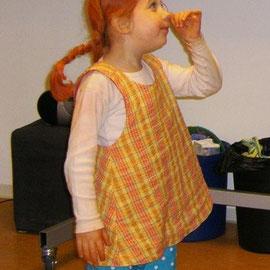 PIPPI LANGSTRUMPF: Wendehängerchen & kurze Hose, Baumwollstoffe