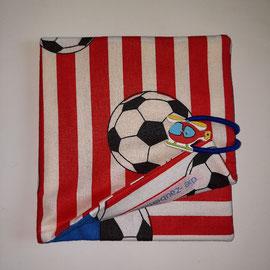 Pixibuchhülle, rot-weiss mit Fussball