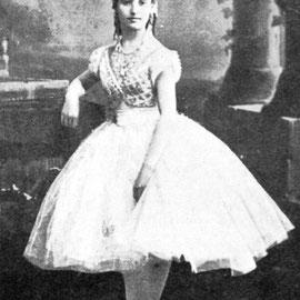 Giuseppina Bozzacchi como Swanhilda en Coppélia. París, 1870.