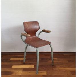 Kinderstuhl mit Armlehnen und Metallbeinen und Holz, Sitzfläche 33 cm hoch *55€