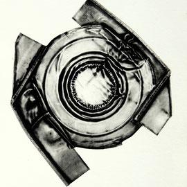o.T.  - Décollage Imprimé - 20 x 17 cm - e.a. - 1969