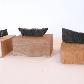 Drei Boote, 1992, Bronze patiniert, ca. 9cm, 12cm und 19cm lang, Auflage 3