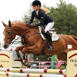 RFS Sieversen S-Springen - Theresa Stehr (RC Leichttrab Geestenseth) auf Zieta