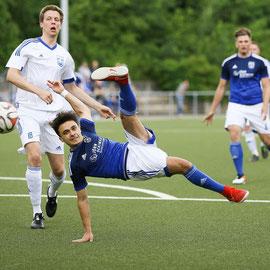 Kay-Arne Ehlers (Cranz), Vedat Düzgüner (FC Süderelbe)