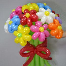 Цветы из шаров разных цветов