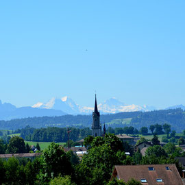 Grosswangen mit Blick auf Eiger, Mönch und Jungfrau