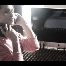 Shanti Chakraborty - Stimme