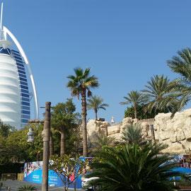 Burj al-Arab, ein Wahrzeichen des Emirats und Luxushotel
