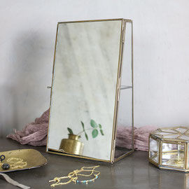 Bequai Mirror Cabinet