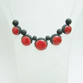 fiche descriptive du collier rouge et noir  en céramique raku