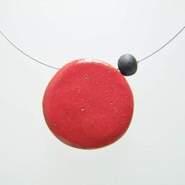 voir le détails de ce collier céramique rouge