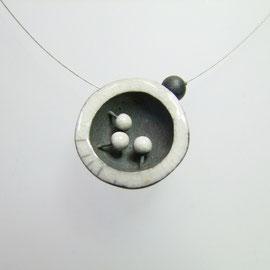 fiche détaillée collier contemporain céramique raku