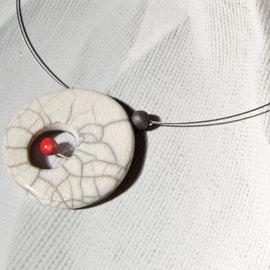 description détaillée du collier miro anneau