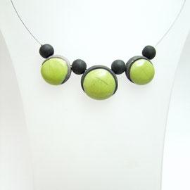acceder aux détails de ce produit : collier artisanal raku vert