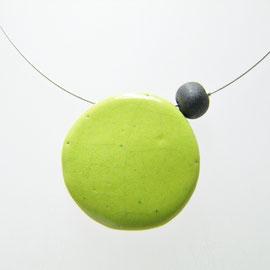 fiche descriptive du collier de perle ceramique raku vert