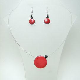 voir le collier céramique raku rouge