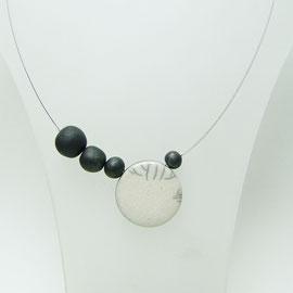 collier contemporain en céramique