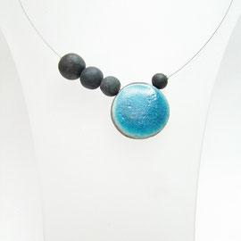 description de ce collier unique