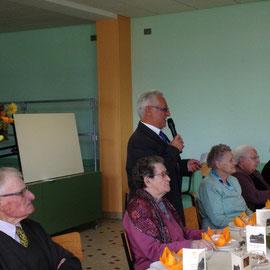 M. le Maire s'adresse aux invités