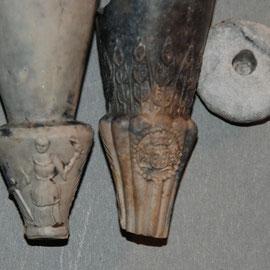 2 verschillende Polkamodellen, eentje met Molen wapen van Gouda