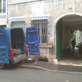 débarras d'une cave à Besançon, doubs, 25, PENDANT INTERVENTION....... entreprise AHLEN