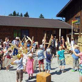 Dank der Kinder konnt die Burg zurückerobert werden.