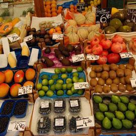 Wiener Naschmarkt by JG