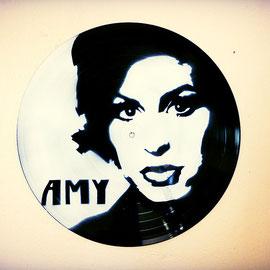 Amy winehouse street art vinyle