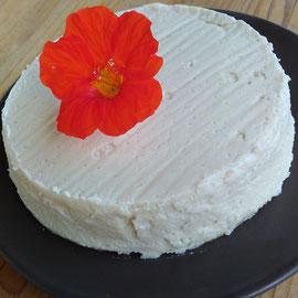 """Cremiger, veganer """"Käse"""" nach Cheddar-Art"""