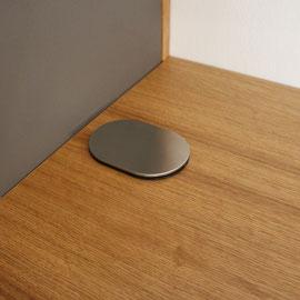 versteckte Steckdose mit USB- Kabelanschluss