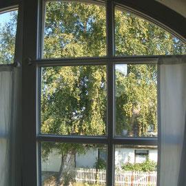 Blick aus einem der Schlafzimmerfenster