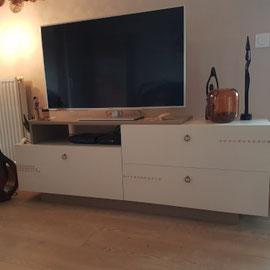 Peindre un meuble télé La Métamorphose du Temps