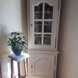Relooker un meuble d'angle blanc La Métamorphose du Temps