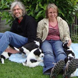 Stefan + Verena .... die 6 Wilden waren begeistert: Besucher mit ganz vielen Schnürsenkeln