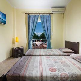 Schlafzimmer mit 2 Einzelbetten ( Kinder )