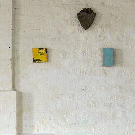 2 meiner Bilder im Atelier von Michael Toenges
