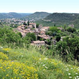Naves, village de caractère aux Vans en Ardèche