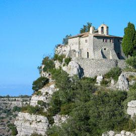 Ermitage Saint-Eugène à Chassagnes, Les Vans, Ardèche sud