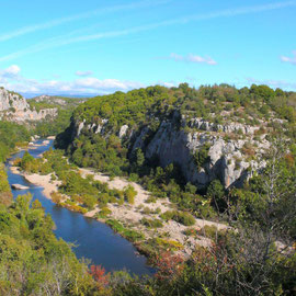 Vue des gorges du Chassezac, proche Les Vans