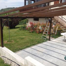 Nous réalisons et installons pour vous sur mesure la structure pour recevoir en toiture une toile tendue extérieur imperméable.