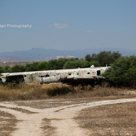 Avro Shackleton MR.3 XF700 abandoned near the runway.