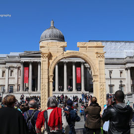 Palmyra's Triumphal Arch recreated in Trafalgar Square.  20/4/16