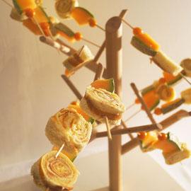 Hüftgold und Obst auf einem Zweig ?