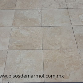 piso-de-marmol-travertino, marmol travertino, marmol travertino fiorito, placas de marmol travertino fiorito, laminas de marmol travertino fiorito, marmol travertino veta