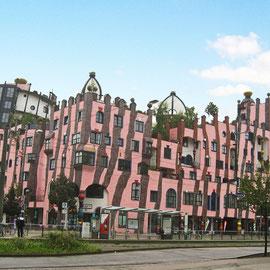 Das letzte Werk Hundertwassers: die grüne Zitadelle in Magdeburg